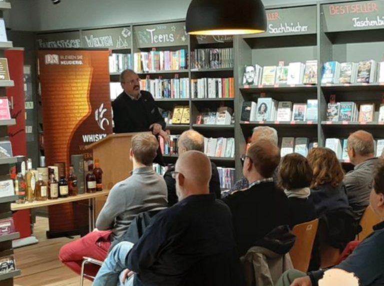 fluessige-Lesungen_dk-Verlag